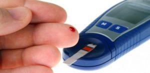 Diyabet hastası şeker ölçümü