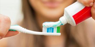 Sodyum Florür Zararları ve Evde Doğal Diş Macunu Yapımı