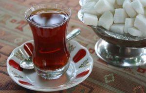 Neden Kanser Oluyoruz? Çayı, kahveyi şekersiz içmiyoruz