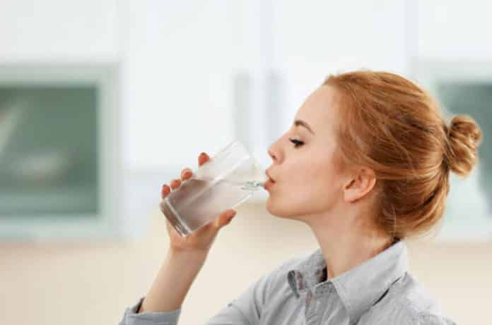 3 Günlük Su Orucu Nedir? Nasıl Yapılır? Faydaları ve Zararları Nelerdir?