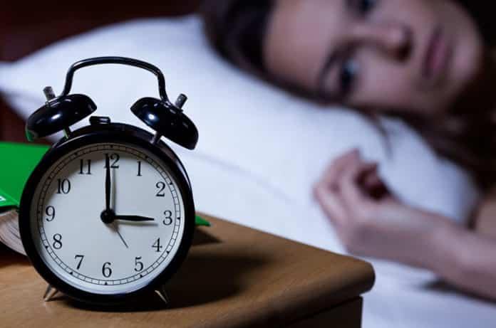 Uykusuzluk (İnsomnia) Belirtileri ve Nedenleri: Uykusuzluk Nasıl Giderilir?