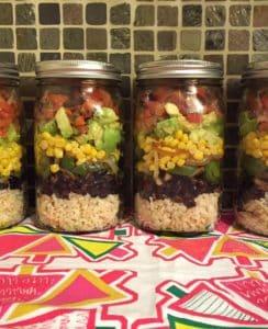 Kavanozda Meksika Vegan Burrito Salatası