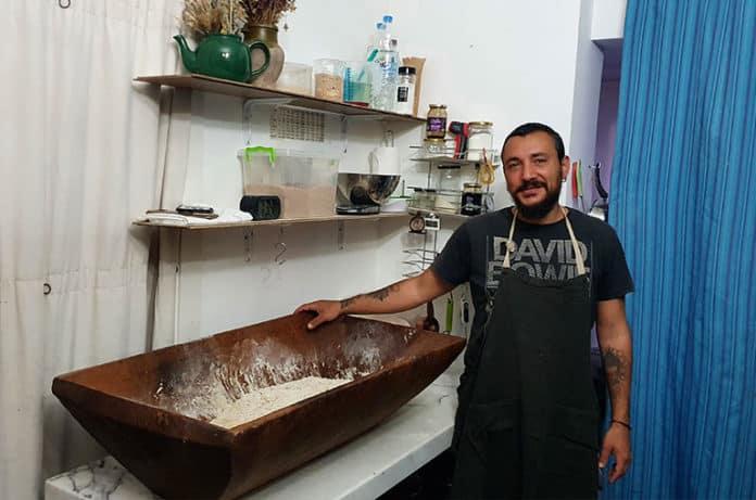 Ekşi Mayalı Ekmek Nasıl Yapılır? Tüm Detaylarıyla Ekşi Maya Ekmek Tarifi